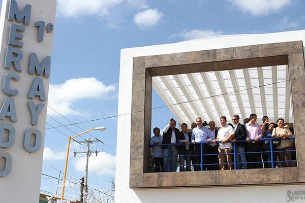 El Presidente Muni L De Aguascalientes Juan Antonio Martin Del Encabezo La Entrega De Las Recientemente Remodeladas Instalaciones Del Mercado