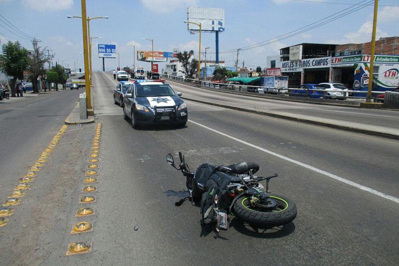 Muere Joven Motociclista que Viajaba a Exceso de Velocidad