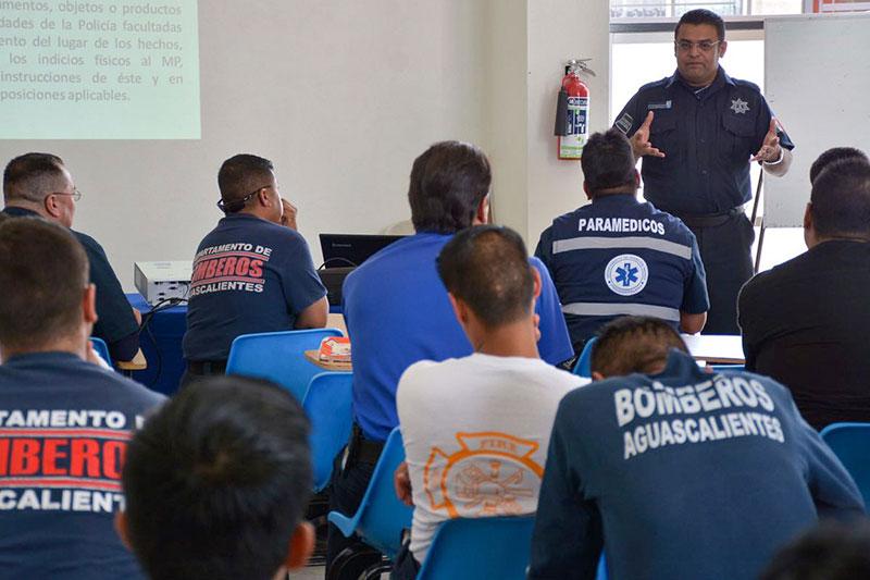 Bomberos Municipales de Aguascalientes Reciben Capacitación