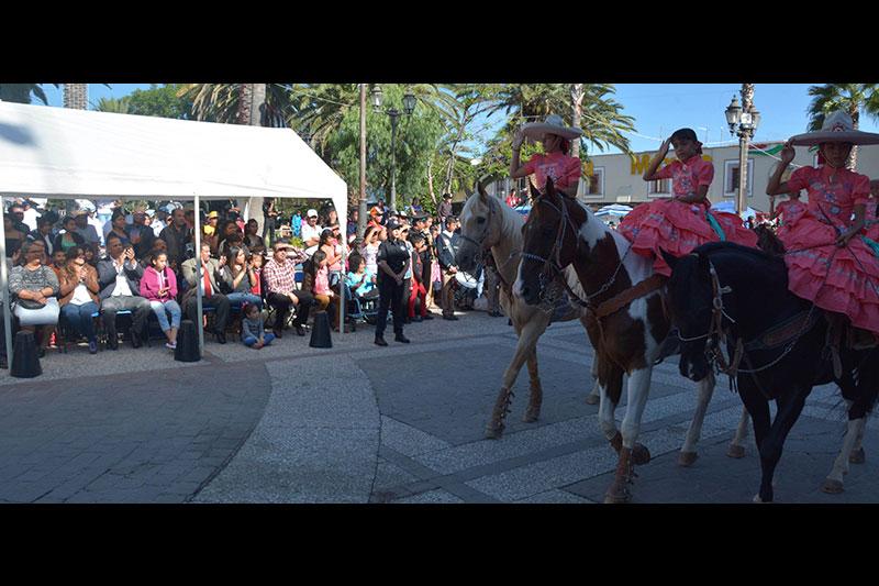 Realizan en Jesús María Desfile Cívico por la Independencia de México