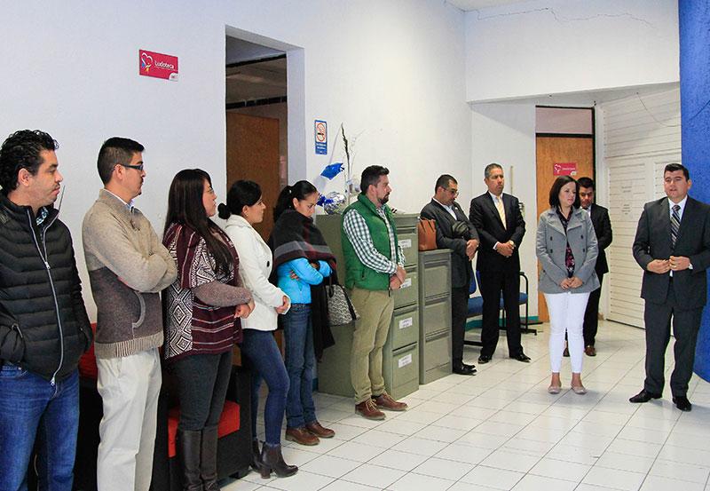 Adán Valdivia se Aventó un Paseo por Dependencias Municipales de Calvillo