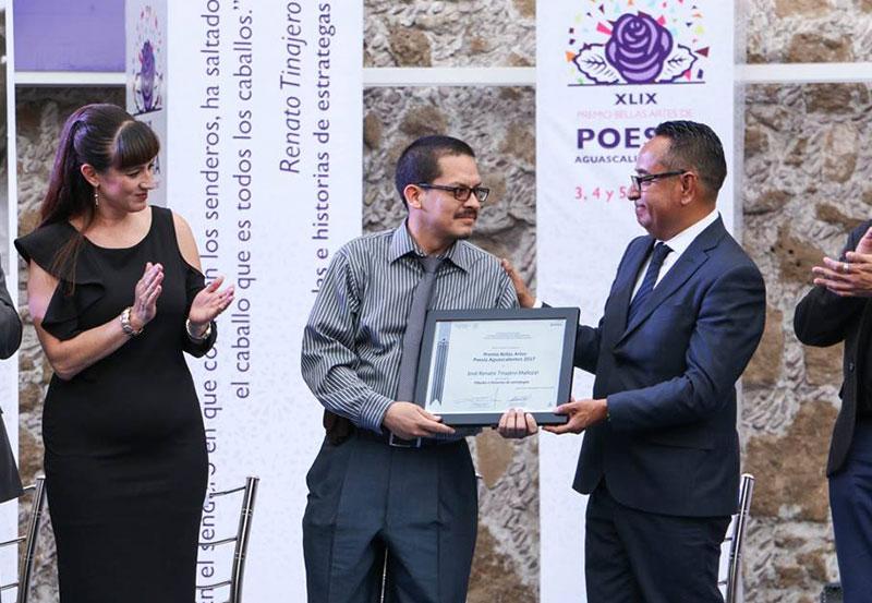 Entrega GE el Premio Nacional de Bellas Artes de Poesía Aguascalientes