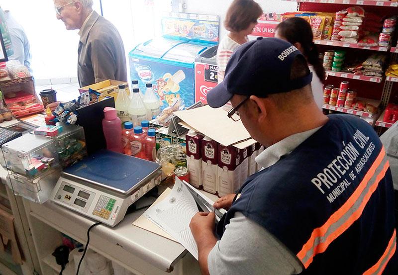 Protección Civil Realiza Inspección en Establecimientos Para Prevenir Accidentes