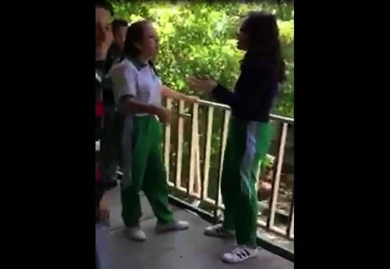 Alumnas en la escuela - 3 part 3
