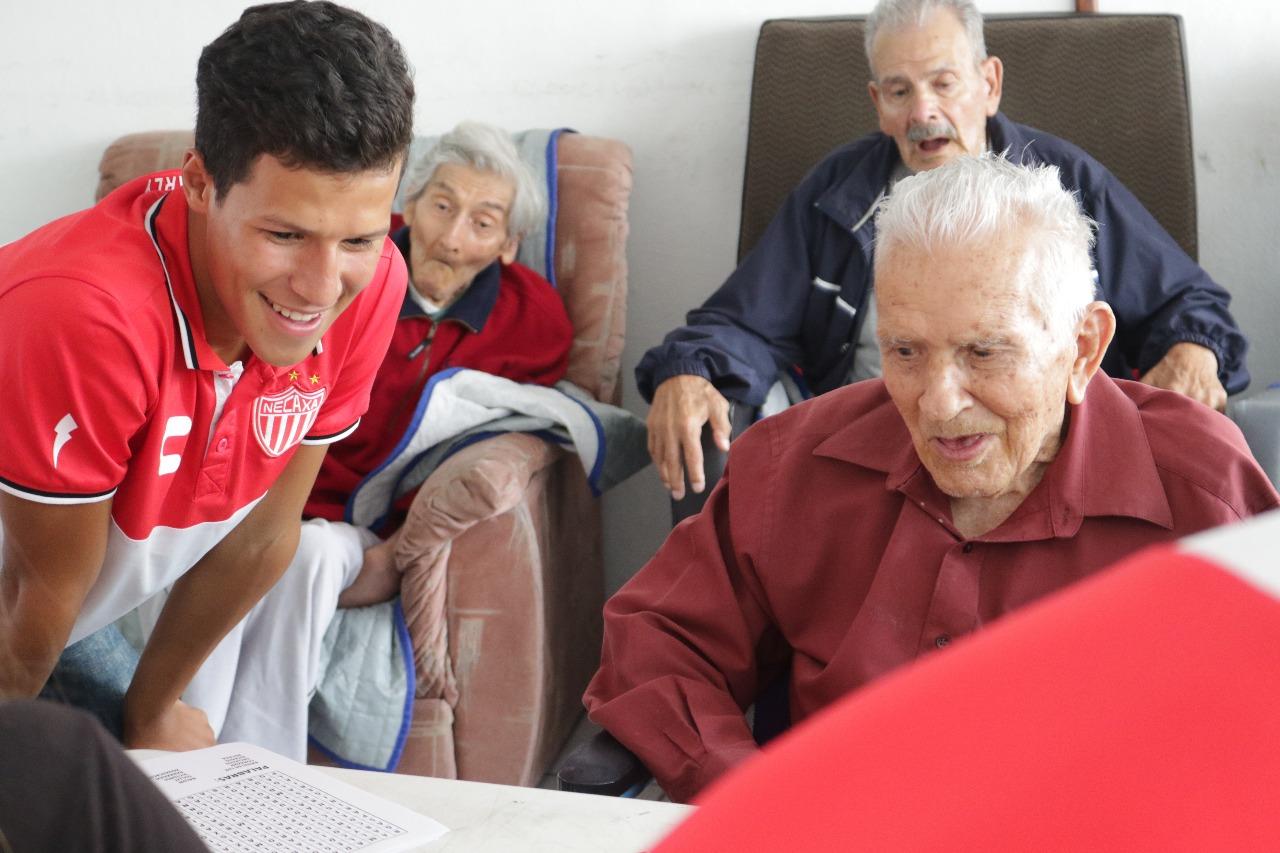 Club Necaxa Conmemoró el día del Padre en la Casa Hogar Cuicacalli