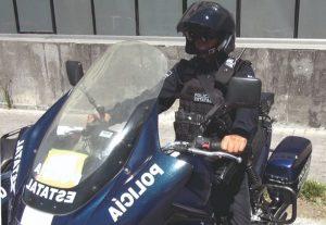 Julio Conducía un BMW con Placas Sobrepuestas
