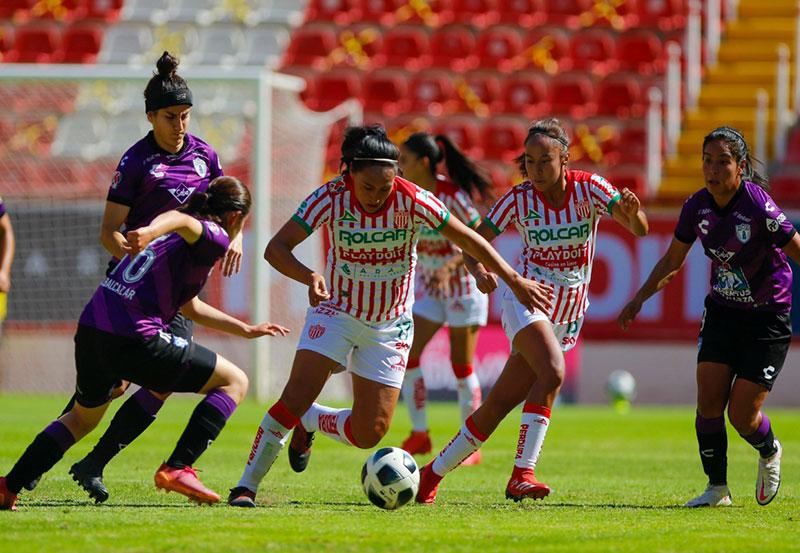 Centellas del Necaxa Cayó Ante Pachuca en el Estadio Victoria por Marcador de 2 a 1