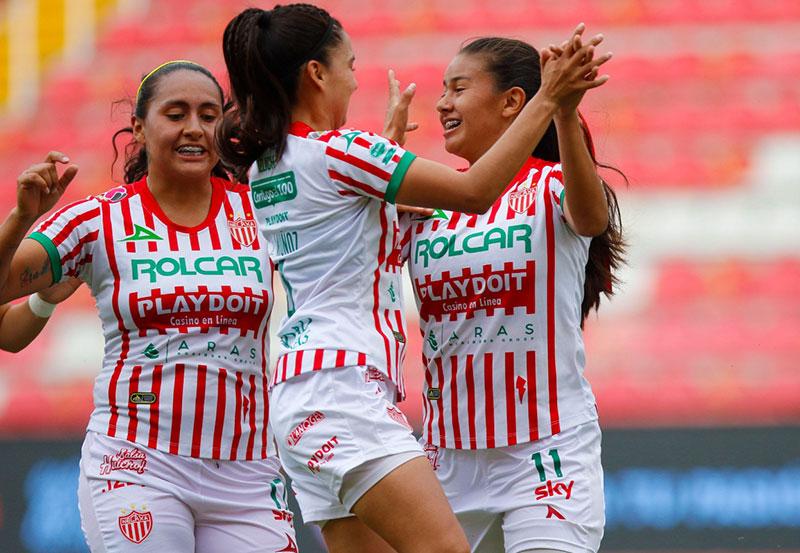 Centellas del Necaxa Derrotó a la Escuadra de Mazatlán 3 a 0